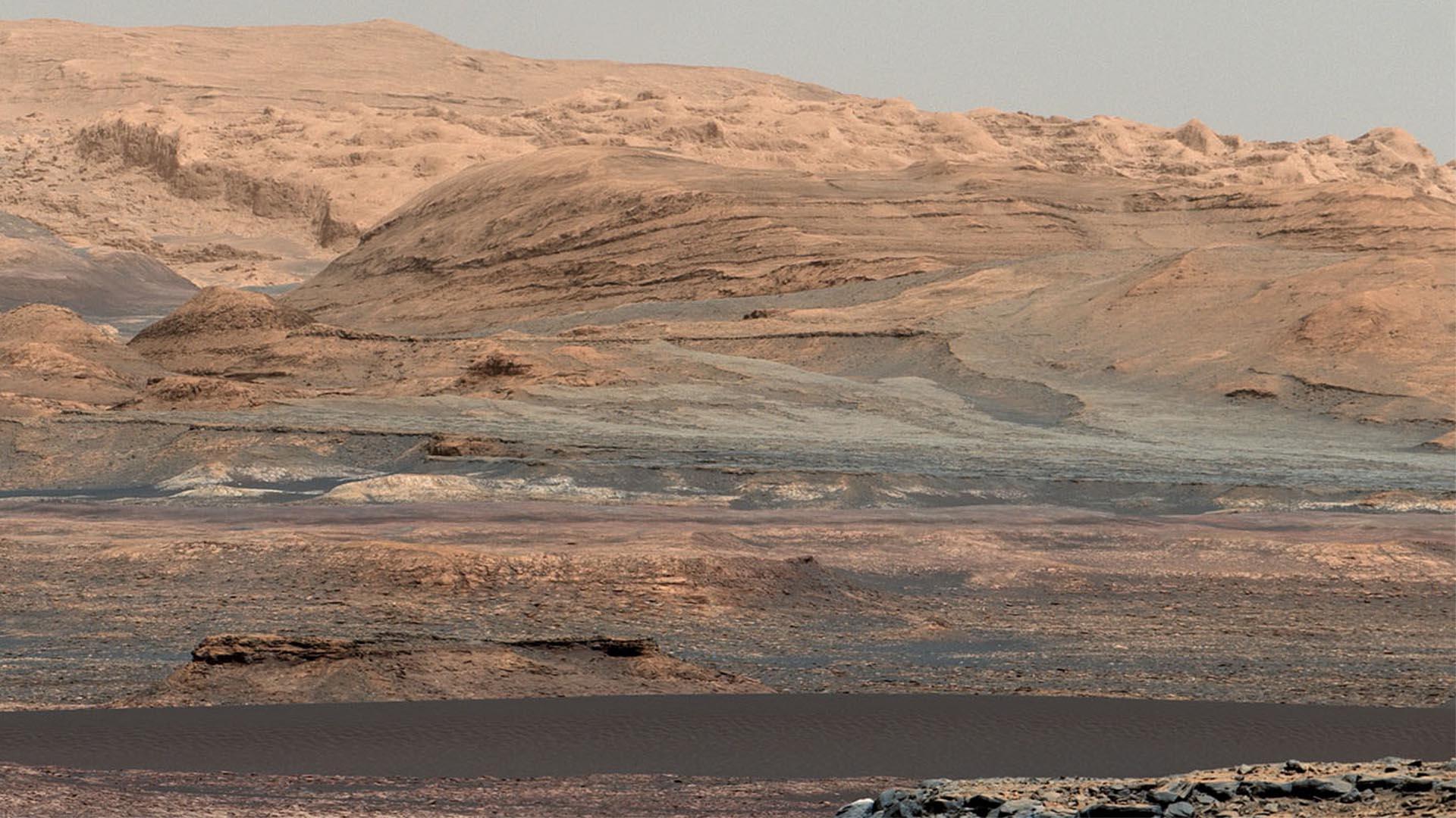 mars-science-lab-curiosity-gale-crater-mount-sharp-bagnold-dunes-dune-field-desk-1920.jpg